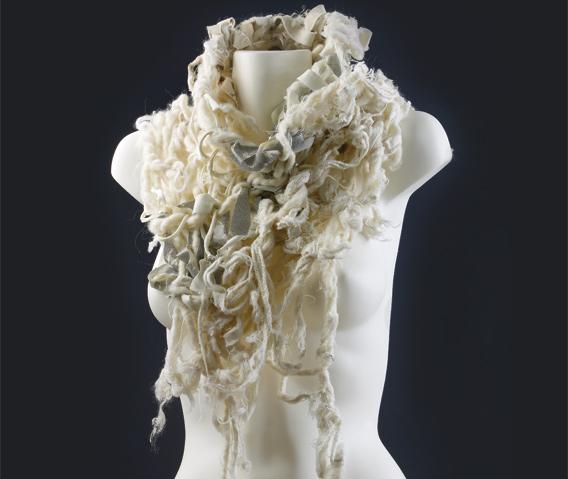 Handknitting_scarf